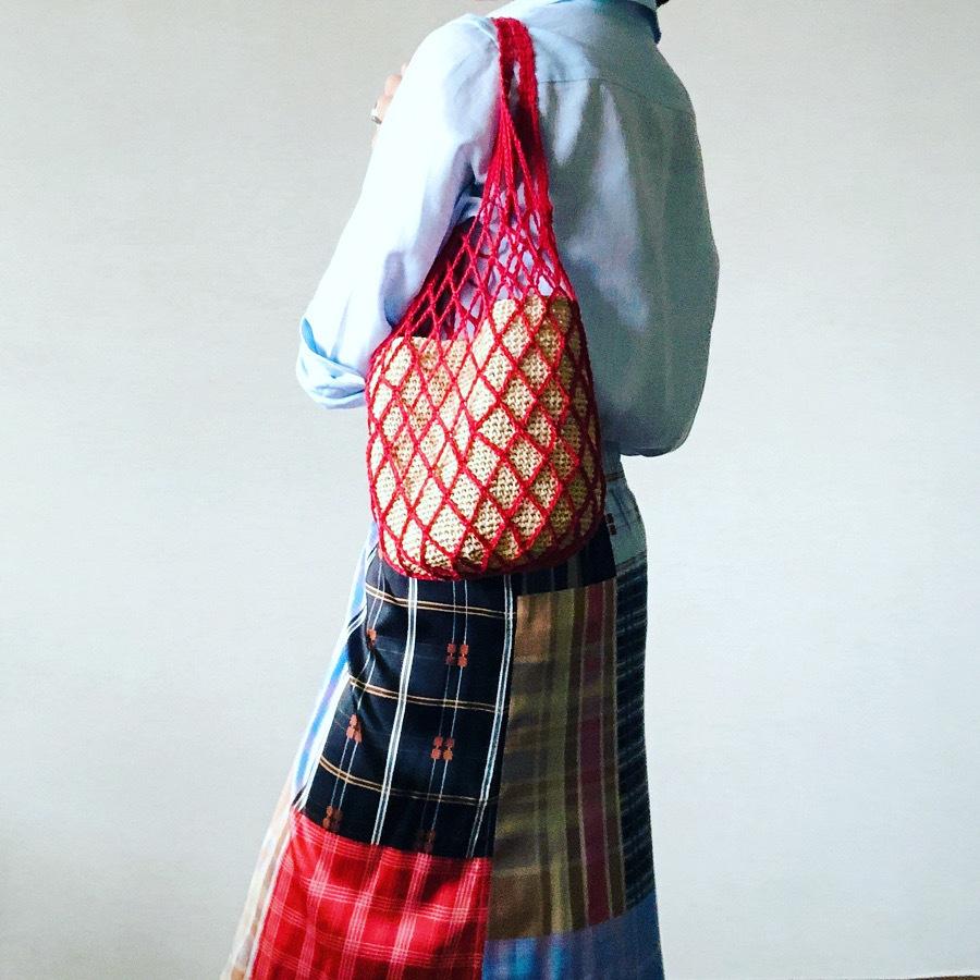 かご入りネットバッグはこの本を参考に「オトナ女子のデイリークロッシェ」_c0134902_22222381.jpg