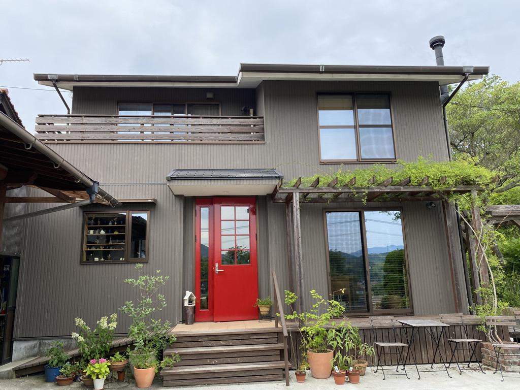 玄関ドアの塗り替えとテーブルの補修_c0334574_18523668.jpeg