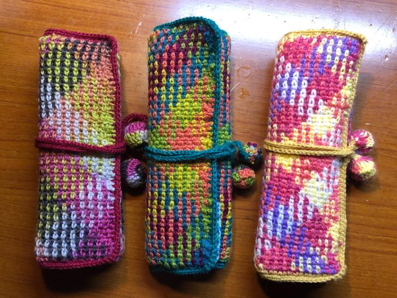 ハマナカ コロポックルのプランドプーリングで編み針入れ_d0138054_18084945.jpg