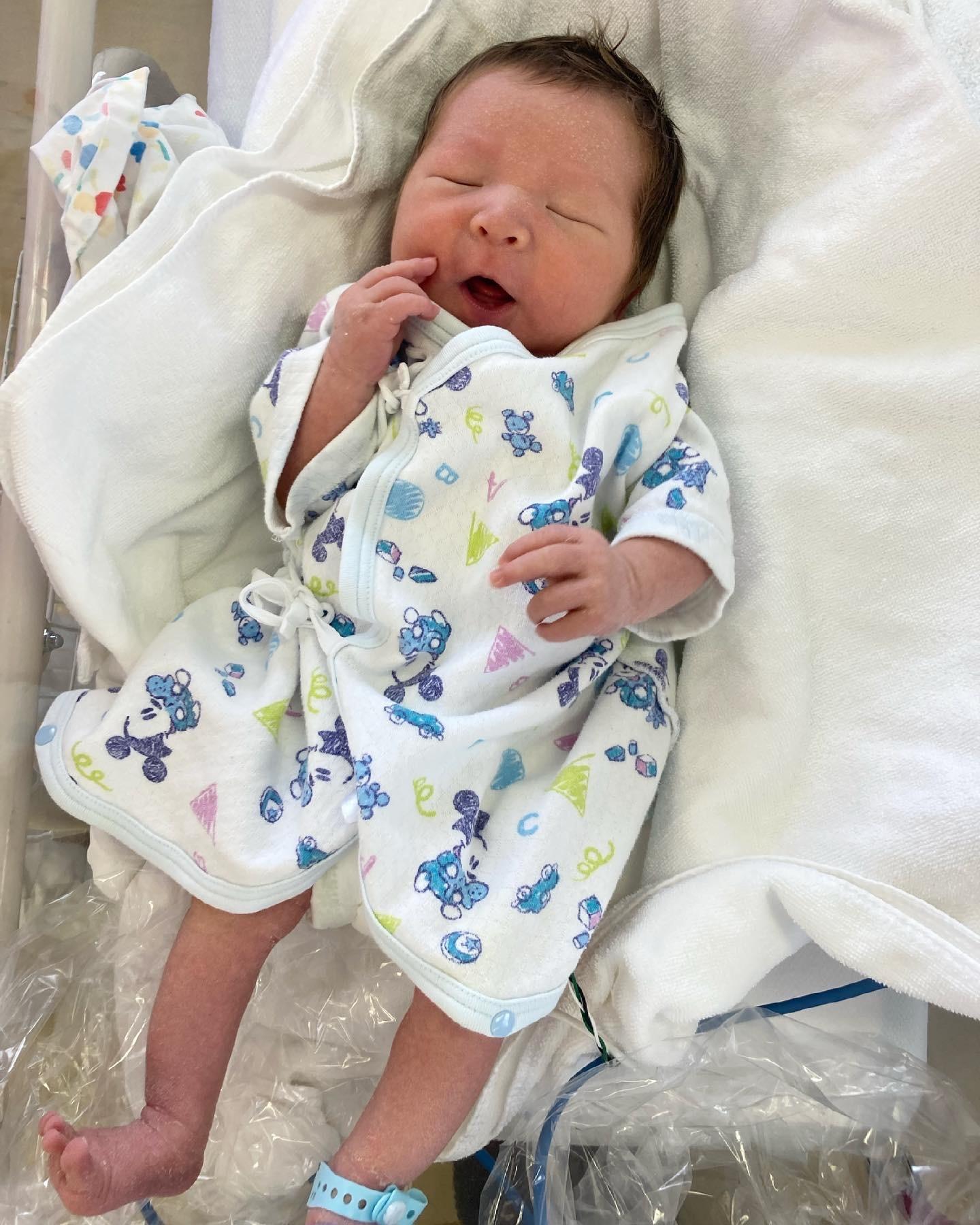 6月20日に出産いたしました!_f0346986_16353567.jpeg