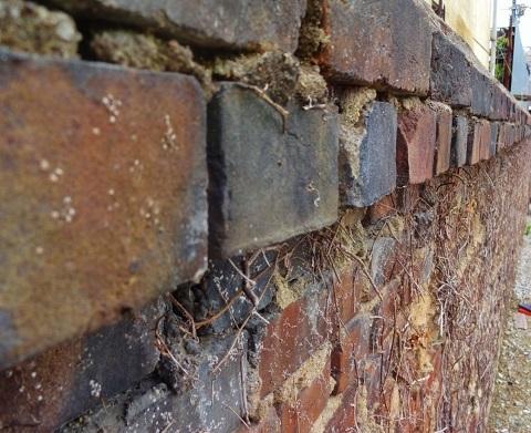 煉瓦塀は残った… <昭和恋々-4->_e0390949_11231900.jpg
