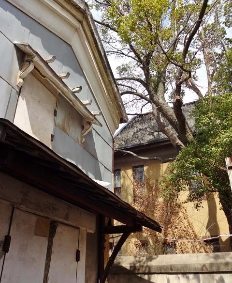 煉瓦塀は残った… <昭和恋々-4->_e0390949_11234375.jpg