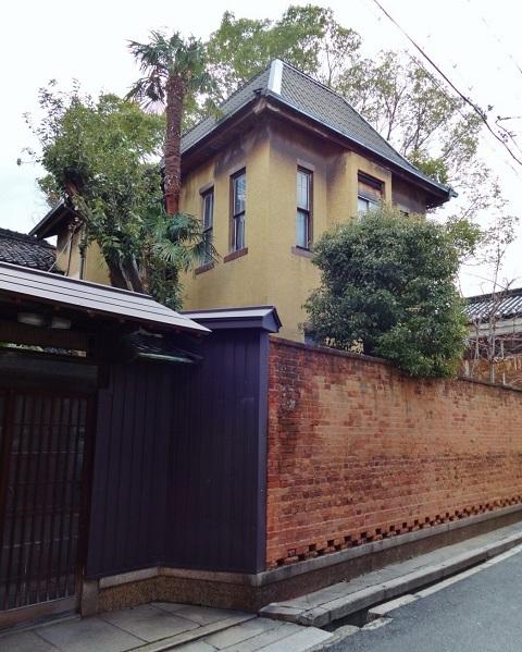 煉瓦塀は残った… <昭和恋々-4->_e0390949_11240341.jpg