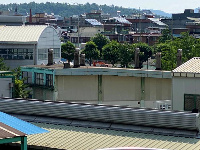韓国で唯一、清凉里駅の扇形車庫_e0160774_20305085.jpg
