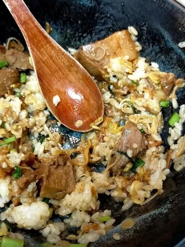 天満橋「麺屋あげは」まぜそばを食べてけっこう感動_c0403415_15500621.jpg