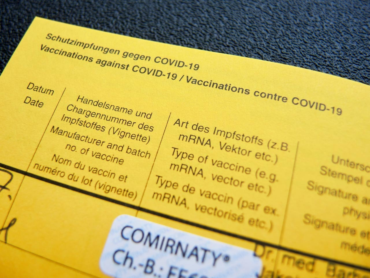 ワクチン接種証明の書体_e0175918_14493454.jpeg