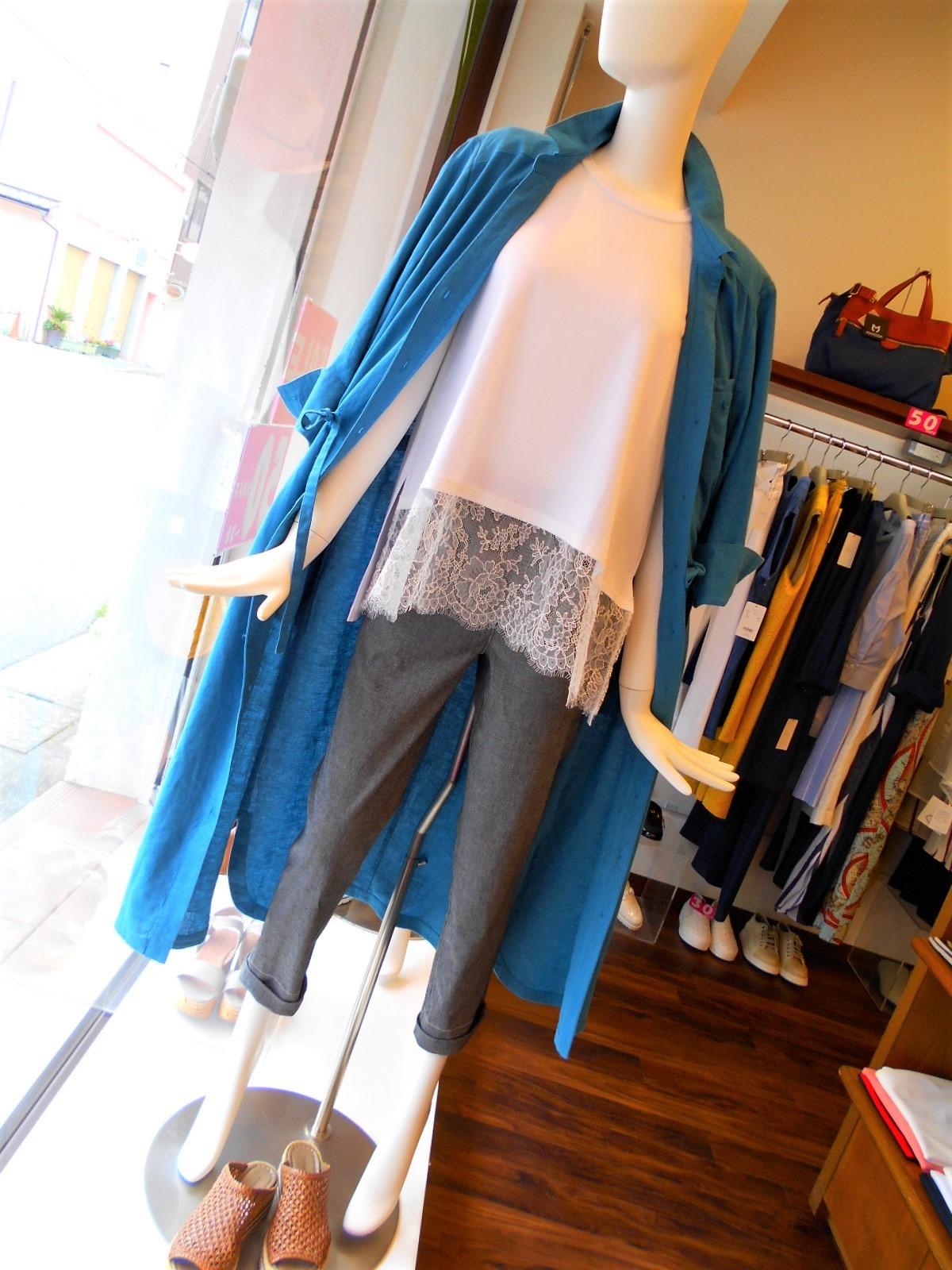 ターコイズブルーのシャツワンピ・・・・☆_c0113499_13032741.jpg