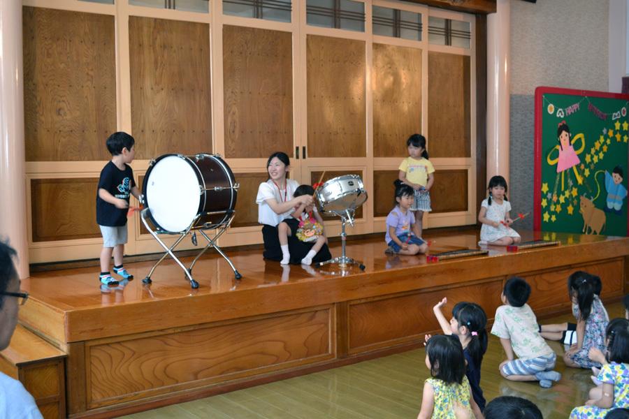 今日は第一幼稚園の「お誕生会」でした。_d0353789_14070802.jpg