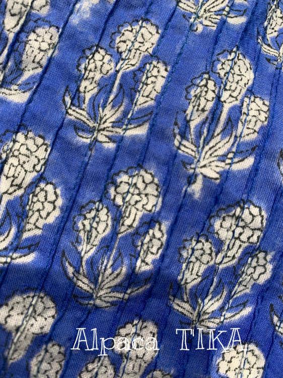 ピンタックのスカートパンツ 大人可愛くコットンシルクの三角スカート_d0187468_16173197.jpg