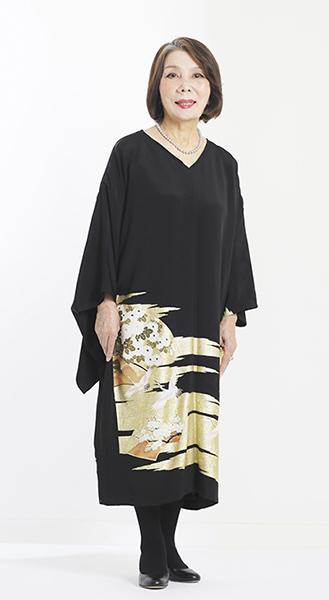 留袖の新しいスタイル☆黒留袖の和ドレス_b0098077_20263644.jpg