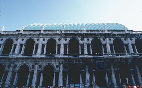 ヴィチェンツァのパラディオ建築_a0166284_12000792.jpg