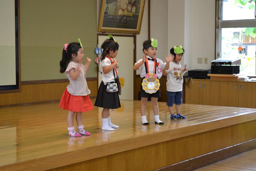 今日は、上宮第二幼稚園の「お誕生会」でした。_d0353789_15474528.jpg