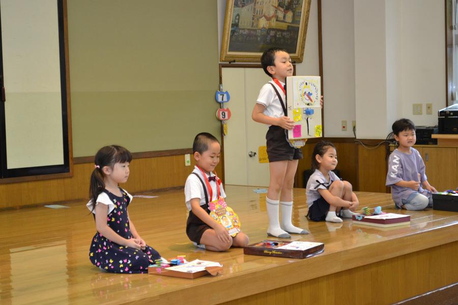 今日は、上宮第二幼稚園の「お誕生会」でした。_d0353789_15481161.jpg