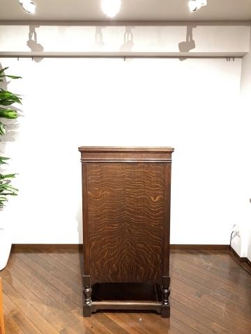 大型フロア蓄音機HMV193が入荷しました_a0047010_16300349.jpg