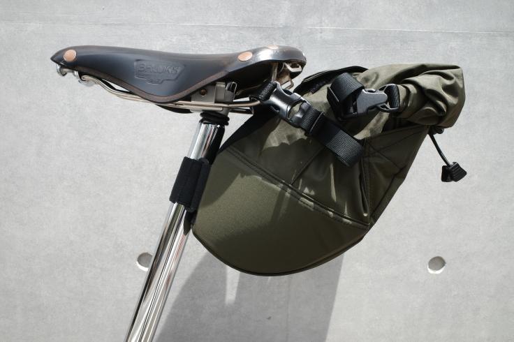 ブロンプトンにFAIRWEATHER pilot サドルバッグを導入しました_a0287336_19191035.jpg