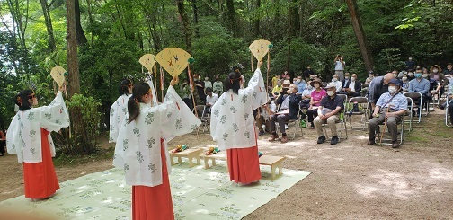 第56回天山祭り_d0003224_15001384.jpg