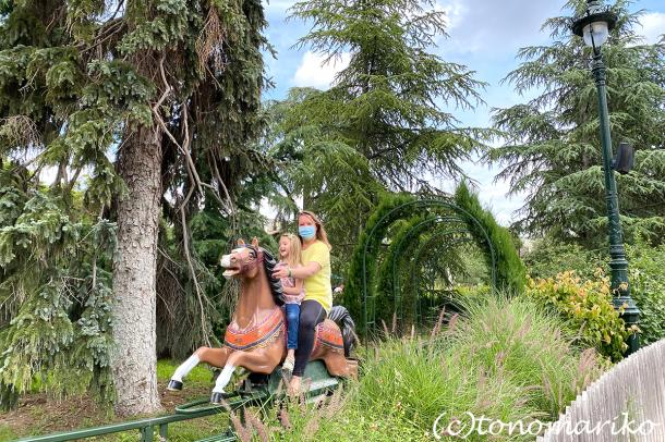 ワクチン必須の方向のフランスの夏休み。プチモンスターと遊園地へ_c0024345_19465736.jpg