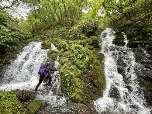 室蘭岳(鷲別岳) 沢登り 滝沢コース~裏沢~川又温泉_d0198793_15155320.jpeg