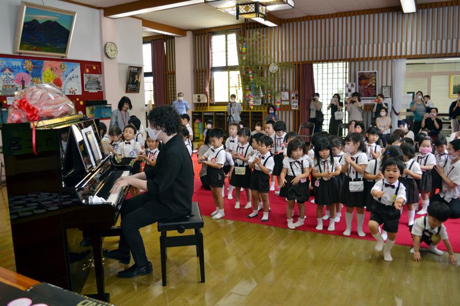 宮野恭輔ピアノミニコンサート in 上宮学園_d0353789_16353595.jpg