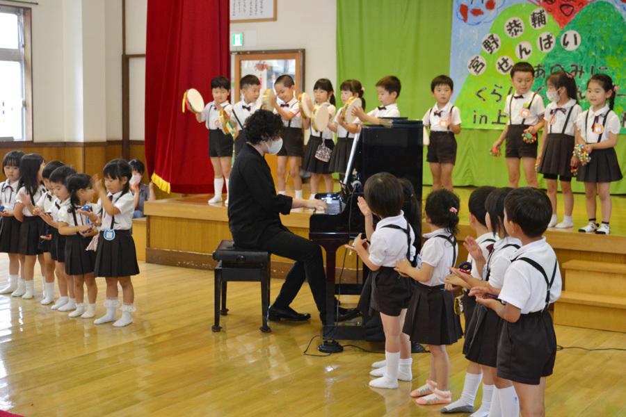 宮野恭輔ピアノミニコンサート in 上宮学園_d0353789_16364655.jpg