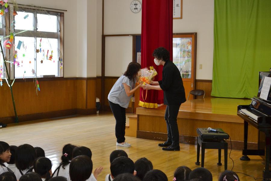 宮野恭輔ピアノミニコンサート in 上宮学園_d0353789_16371459.jpg
