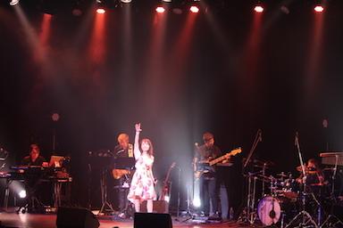7月4日鮎川麻弥Live 〜刻をこえて〜35th Anniversary+ ♪1部のライブレポートです!_c0118528_18423267.jpg