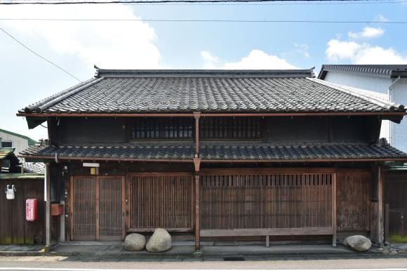 美濃中山道 加納宿から鵜沼宿を行く_e0164563_11020368.jpg