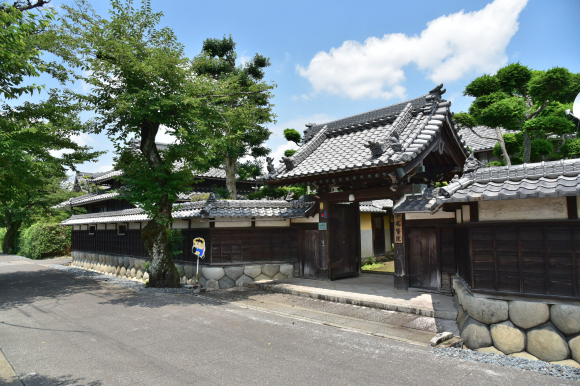 美濃中山道 加納宿から鵜沼宿を行く_e0164563_11043664.jpg