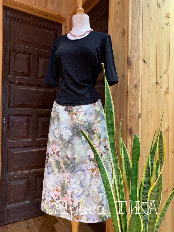 T\'IKAの夏ふくより「大人の麻のスカート」・布のお洋服が一部商品SALEです_d0187468_15563275.jpg