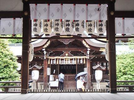 祇園祭発祥の地と京ラーメン_e0044657_10081286.jpg