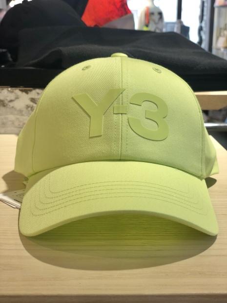 「Y-3 ワイスリー」新作ロゴCAPとロゴTシャツ入荷です。_c0204280_11482040.jpg