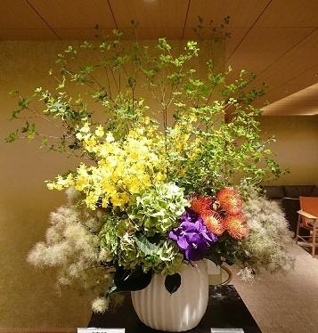 サロンのお花と 美容院_a0264383_15515205.jpg