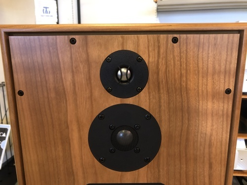 HARBETH「SUPER HL5 PLUS XD」をスタッフで試聴しました!_c0113001_11233500.jpeg