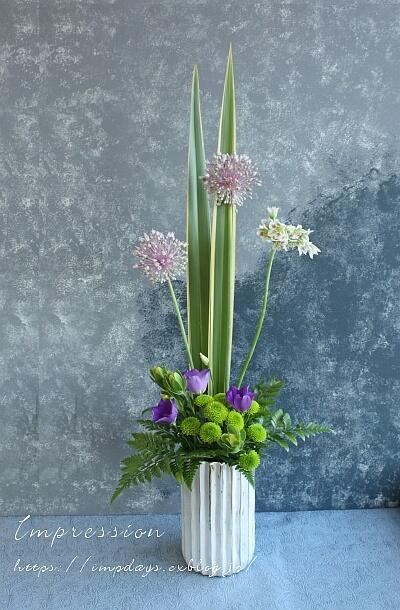 定期装花から トルコギキョウ:ブルーフィズ_a0085317_01184039.jpg