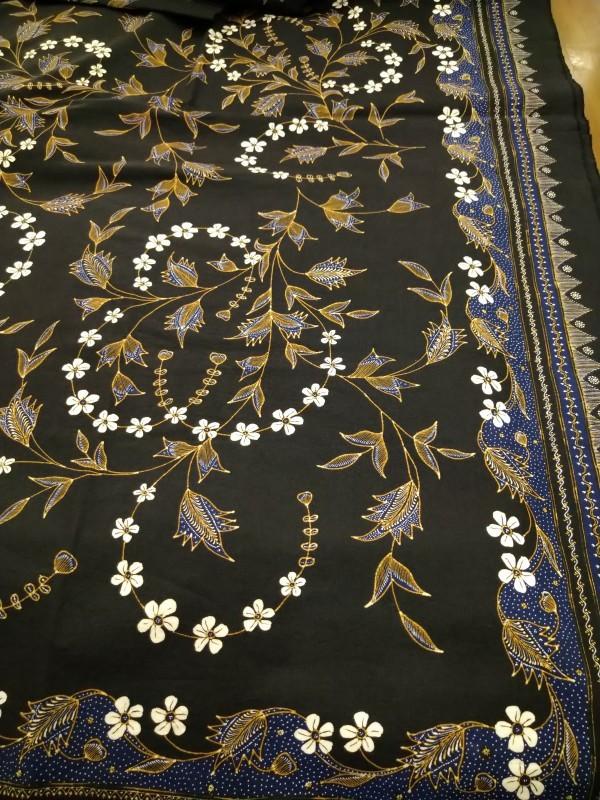 ジャワ更紗の展示です。_b0299094_13580161.jpg