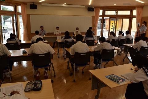 川内小中学園生と意見交換_d0003224_17453140.jpg