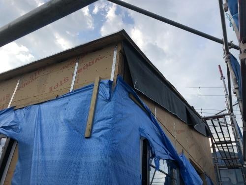 南アルプス市 ブラックの屋根 其の一_b0242734_00580438.jpeg