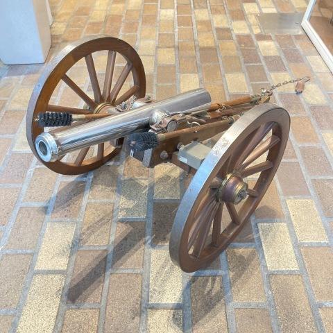 Lot.37 大砲ミニチュア・モデル_a0047010_19244449.jpg