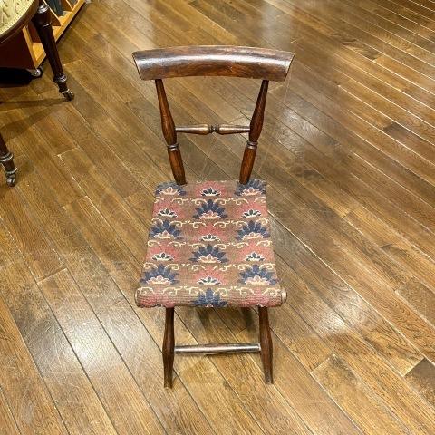 Lot.42小型折りたたみ椅子&Lot.43子供用籐製椅子_a0047010_19371835.jpg