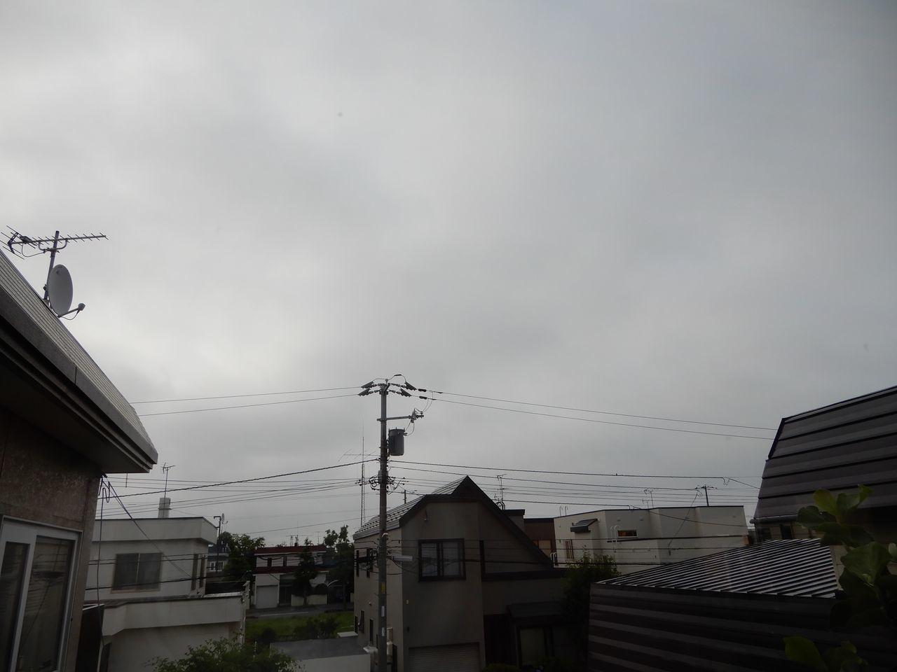 記録上は真夏日が戻ってきましたが涼しく感じる一日でした_c0025115_21523645.jpg