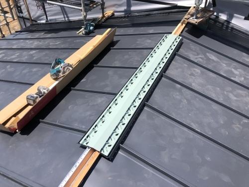 笛吹市 ダークグレーの屋根 其のニ_b0242734_23142090.jpeg