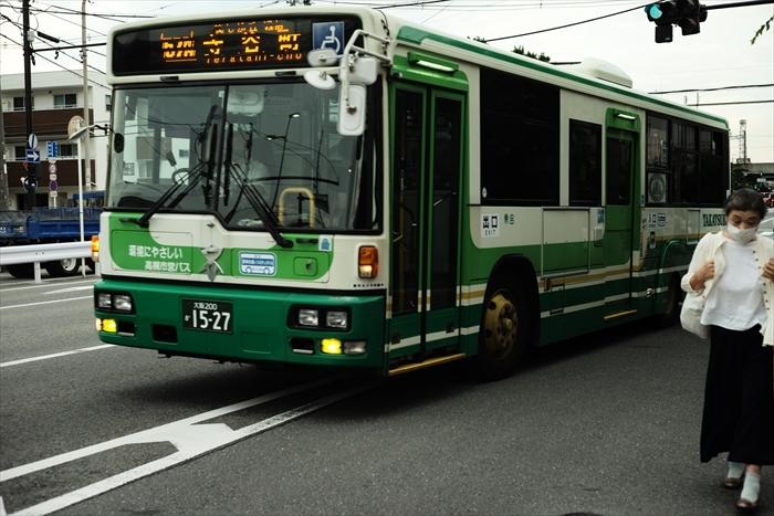 車・電車・バスです。_e0391491_22364703.jpg