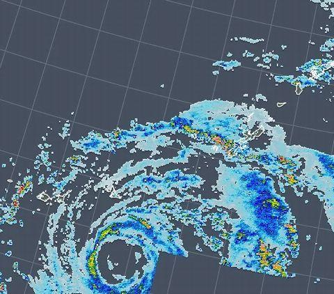 まだ台風っぽい (:_;)_c0139375_14563652.jpg