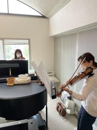 2台ヴァイオリン_b0044706_21134049.jpeg