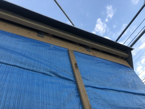 韮崎市 エステートグレーの屋根 其のニ_b0242734_23051161.jpeg