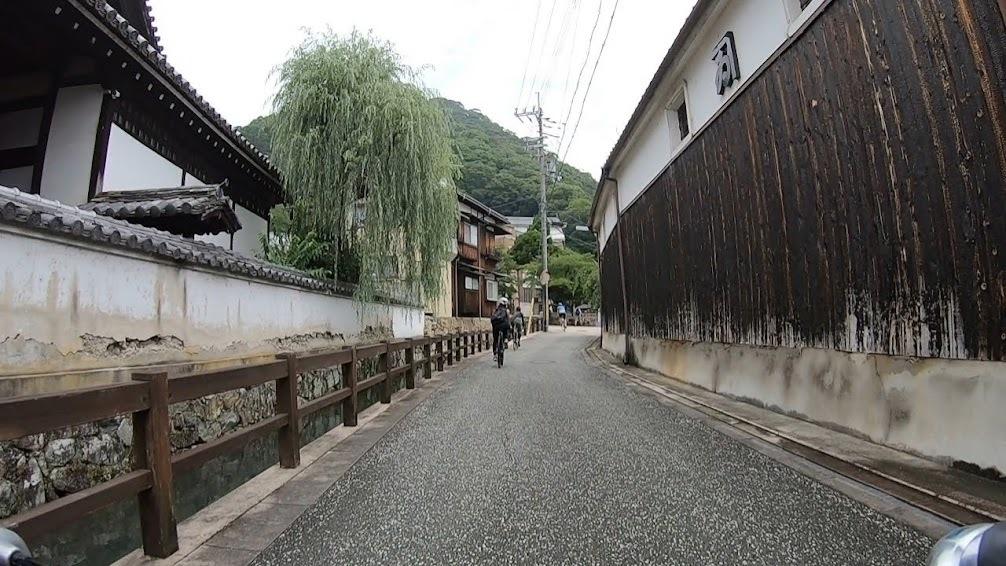 足の向くまま気の向くまま城下町を走る_c0214359_22492892.jpg