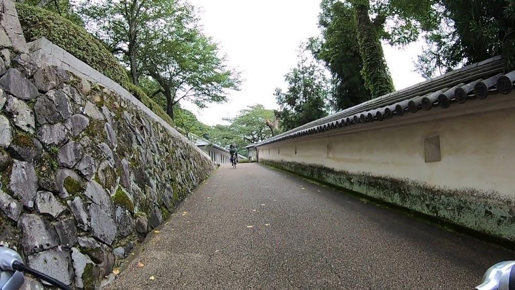 足の向くまま気の向くまま城下町を走る_c0214359_22571421.jpg