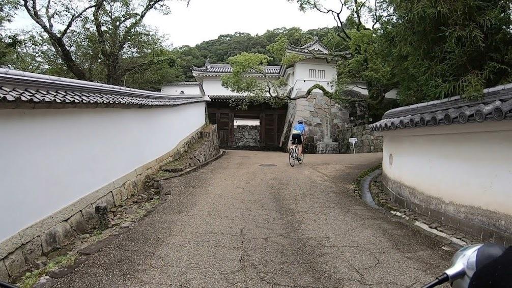 足の向くまま気の向くまま城下町を走る_c0214359_22574311.jpg