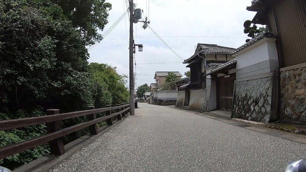 足の向くまま気の向くまま城下町を走る_c0214359_23111825.jpg