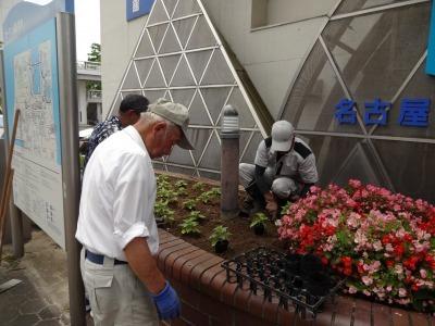 ガーデンふ頭総合案内所前花壇の植替えR3.7.12_d0338682_14344609.jpg